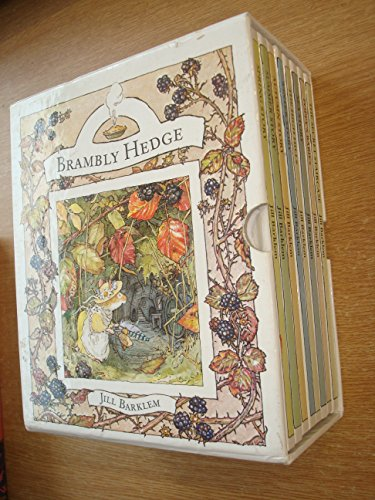 9780007605156: Xbrambly Hedge Slipcase Remain