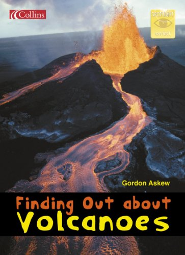 9780007657476: Finding Out About Volcanoes (Spotlight on Fact)