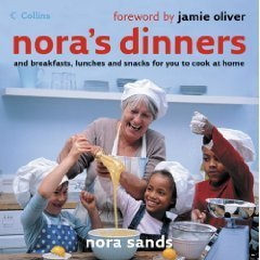9780007770304: nora's dinners and breakfast, lunches and snacks for you to cook at home