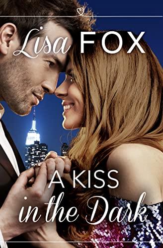 9780008146405: A Kiss in the Dark