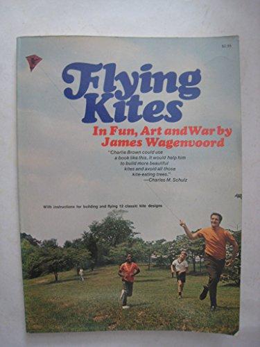 9780020826606: Flying Kites.