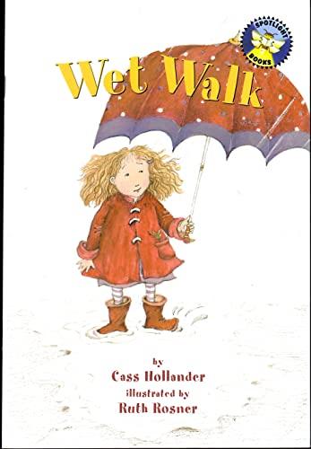 9780021821716: Wet walk (Spotlight books)