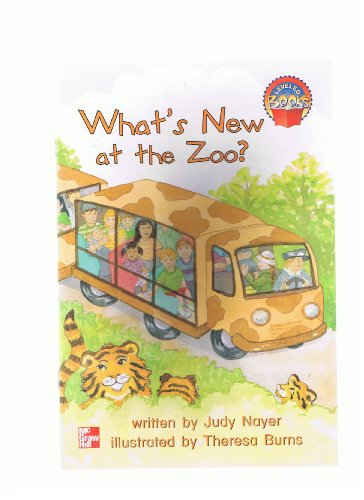 9780021849833: What's new at the zoo? (Leveled books)