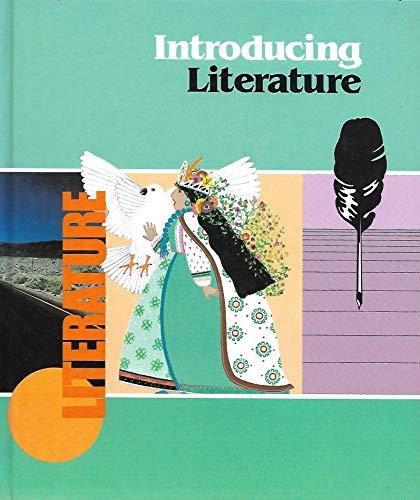 9780021943906: Introducing Literature: MacMillan Literature Series