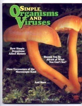 9780022742812: Simple Organisms and Viruses