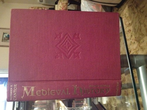 9780023190209: Medieval History: The Life and Death of Civilization