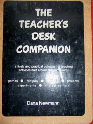 9780024432100: Teacher's Desk Companion
