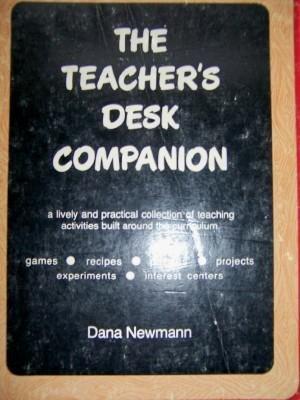 9780024432100: Teacher's Desk Companion