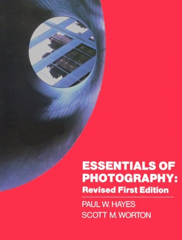 9780026813303: Essentials of Photography