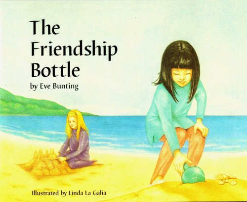 9780026862431: The Friendship Bottle