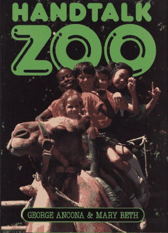 9780027008012: Handtalk Zoo