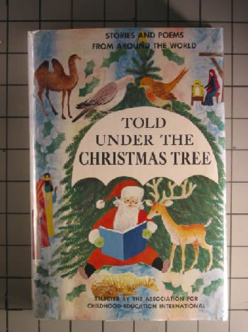 9780027064902: Told Under the Christmas Tree