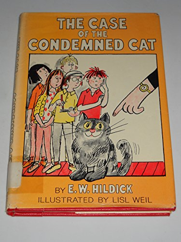9780027438109: The Case of the Condemned Cat (Mcgurk Mystery)