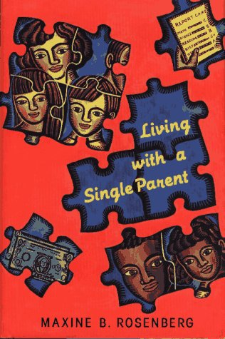 9780027779158: Living With a Single Parent