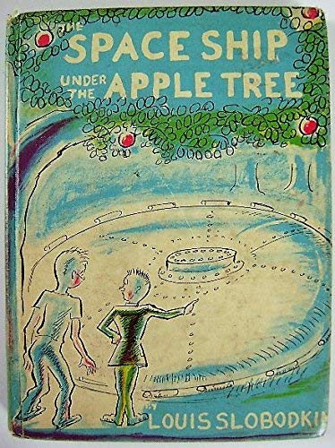 9780027853407: The Space Ship Under the Apple Tree