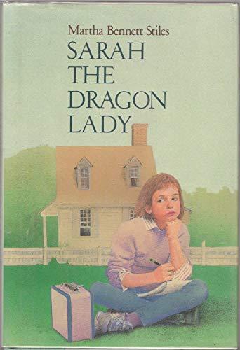 9780027884005: Sarah the Dragon Lady