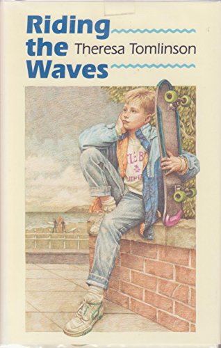 9780027892079: Riding the Waves