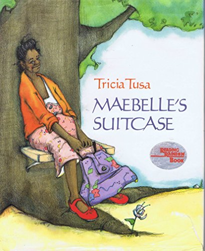 MAEBELLE'S SUITCASE (0027892506) by Tricia Tusa