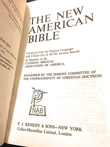 9780028395708: Holy Bible: New American, No. 83957