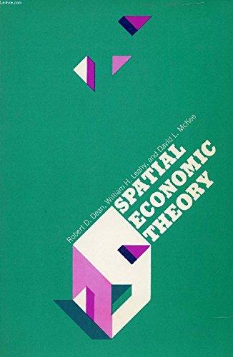 9780029071304: Spatial Economic Theory