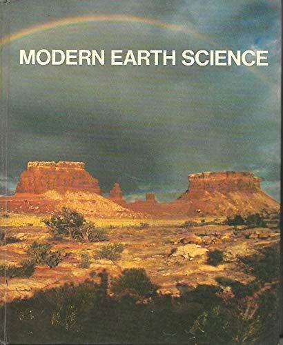 9780030013317: Modern Earth Science
