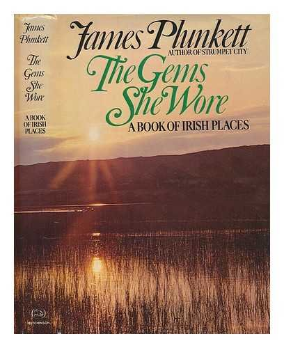 9780030077319: The Gems She Wore: A Book of Irish places