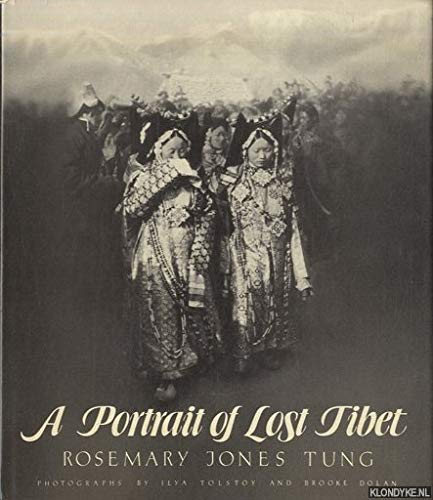 9780030504518: A Portrait of Lost Tibet