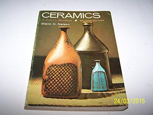 9780030558900: Ceramics: A Potter's Handbook