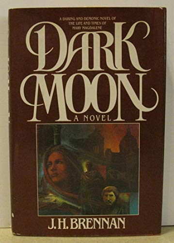 9780030580130: Dark moon