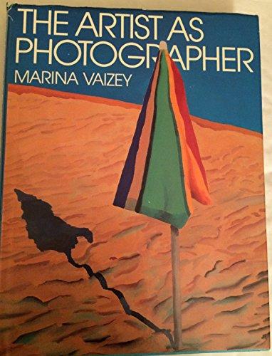 9780030624278: The Artist As Photographer