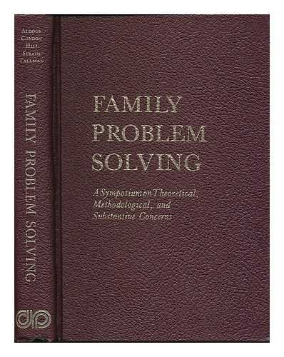 9780030890840: Family problem solving;: A symposium on theoretical, methodological, and substantive concerns