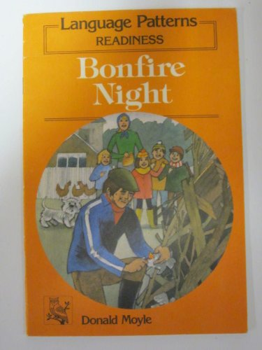 9780039102210: Language Patterns: Readiness: Bonfire Night (Kate and Fluffy books): Kate and Fluffy Bks. - Bonfire Night