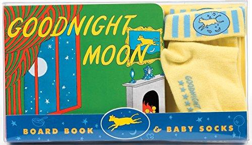 9780060094270: Goodnight Moon Board Book & Baby Socks [With Baby Socks]