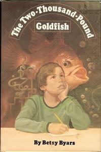 9780060208899: The two-thousand-pound goldfish