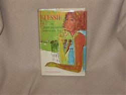 9780060228019: Tessie