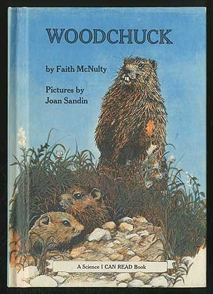 9780060241667: Woodchuck (A Science I can read book)