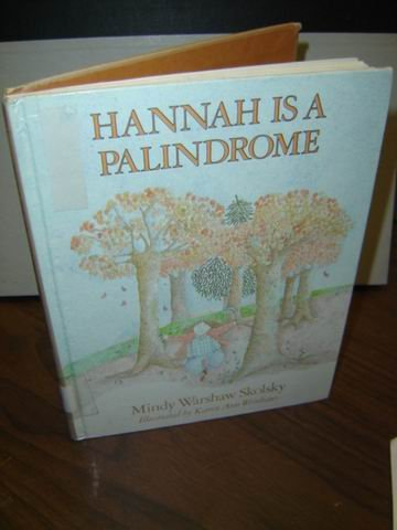 9780060257279: Hannah Is a Palindrome