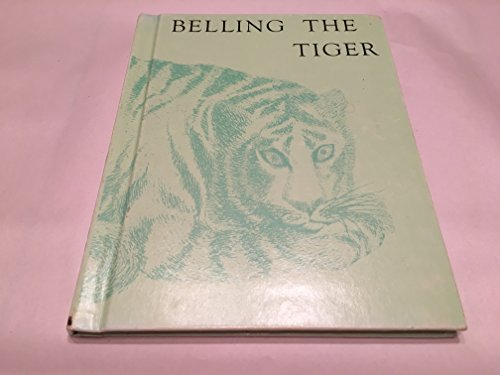 9780060258634: Belling the Tiger