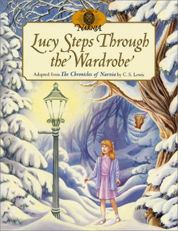 9780060274504: Lucy Steps Through the Wardrobe