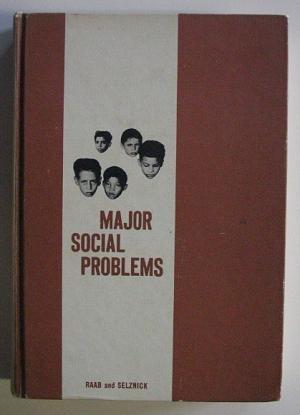 9780060453008: Major Social Problems