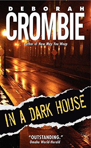 9780060525262: In A Dark House (Duncan Kincaid/Gemma James Novels)