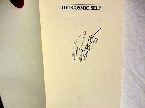 9780060665067: The Cosmic Self: A Penetrating Look at Today's New Age Movements