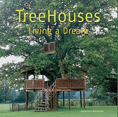 9780060780012: TreeHouses: Living a Dream