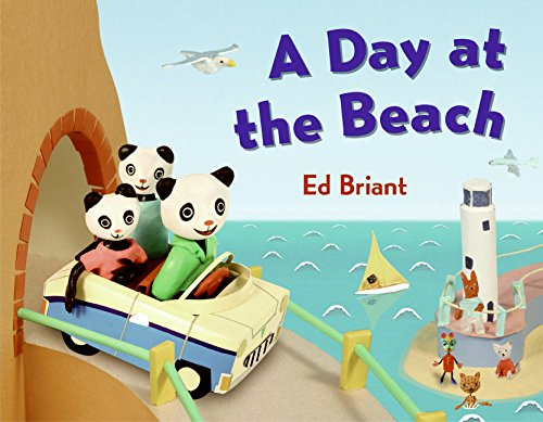 9780060799816: A Day at the Beach