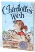 9780060845940: Charlotte's Web [With Charm Necklace] (Charming Classics)