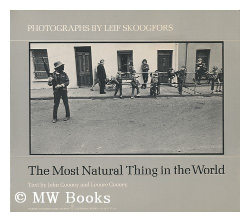 9780060903855: Most Natural Thing in the World: Photographs of Northern Ireland (Colophon Books)