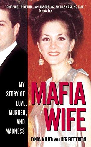 9780061032165: Mafia Wife