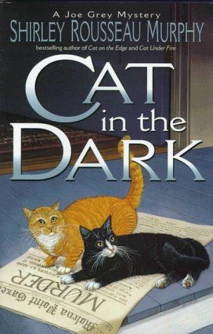 9780061050961: Cat in the Dark
