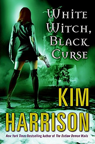 9780061138010: White Witch, Black Curse (The Hollows, Book 7)