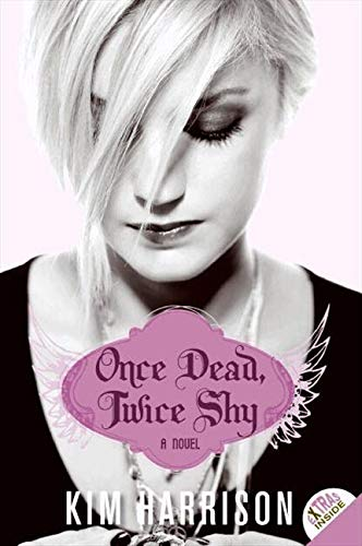 9780061441684: Once Dead, Twice Shy (Madison Avery, Book 1)